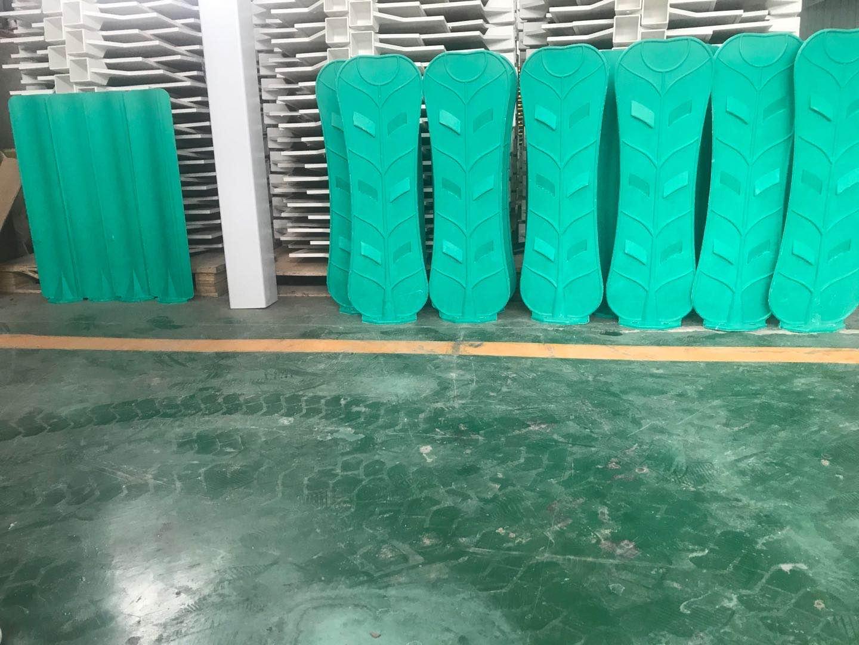 天津玻璃鋼公路反光板報價