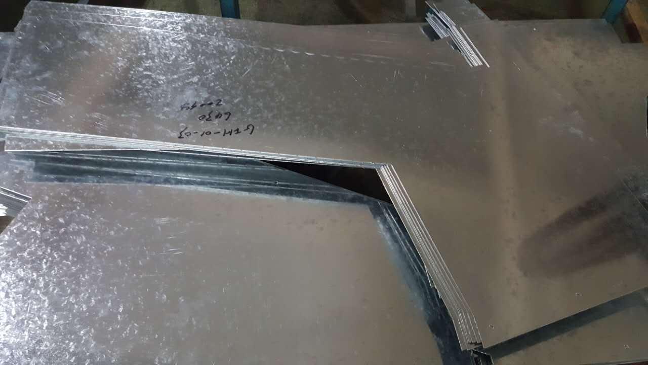 选购价格优惠的镀锌板就选鑫百聚幕墙钢构,山东镀锌板加工件价格