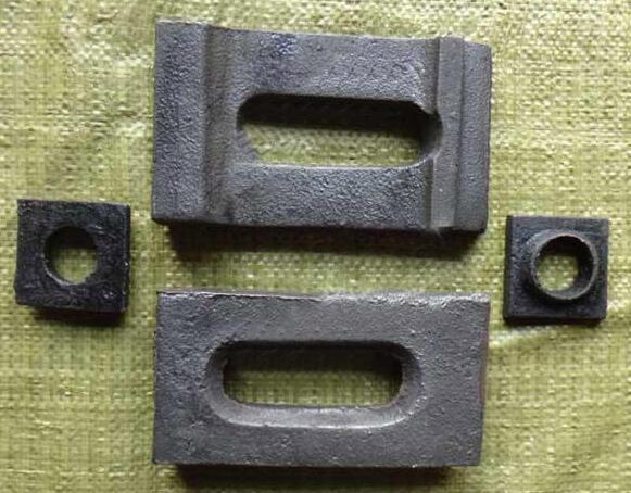 貴陽鋼軌壓板價格%%口碑好的重軌壓板在咨詢偉基廠家