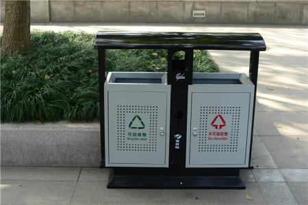 哪里有卖做工优良的哈尔滨室外垃圾桶 道外吹塑卧式桶价格