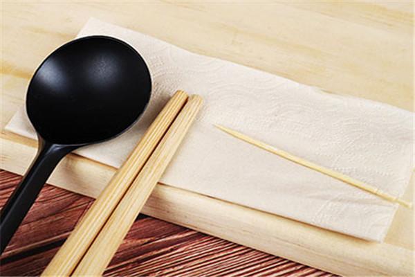三门峡筷子餐具套装厂家***