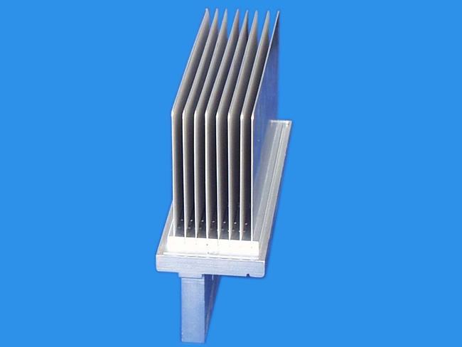 佳能电子插片散热器-江苏插片散热器厂家
