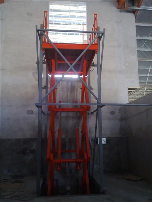 新疆液压升降货梯厂家-金开瑞达电梯可靠供应升降货梯