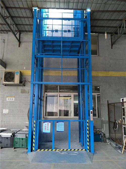 新疆液压升降货梯报价-吐鲁番升降货梯生产厂家