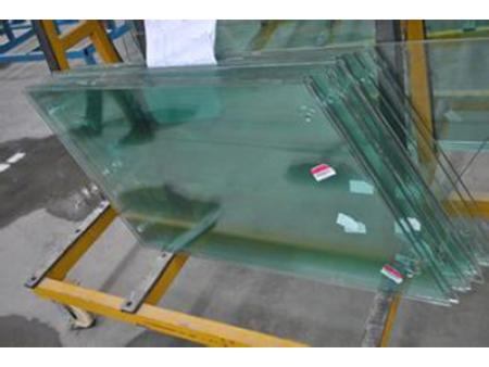 青海�w单钢玻璃货商-西宁单钢玻璃每平米多少钱