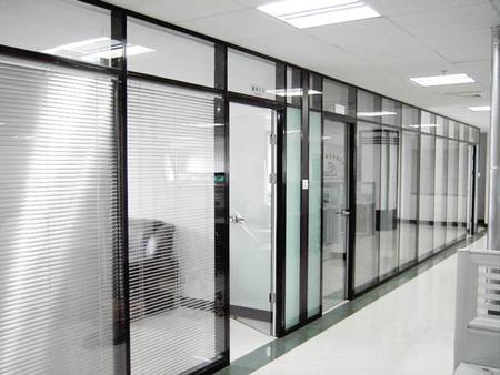 遼寧客廳玻璃隔斷加工