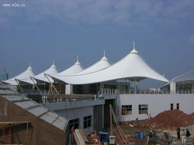 新疆自行車膜結構遮陽棚施工