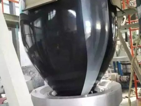 黑雙色反光地膜的特點與應用