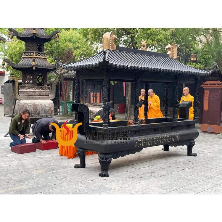 长沙 寺庙铜香炉-买靠谱的方形铜香炉,就到戴氏法器厂