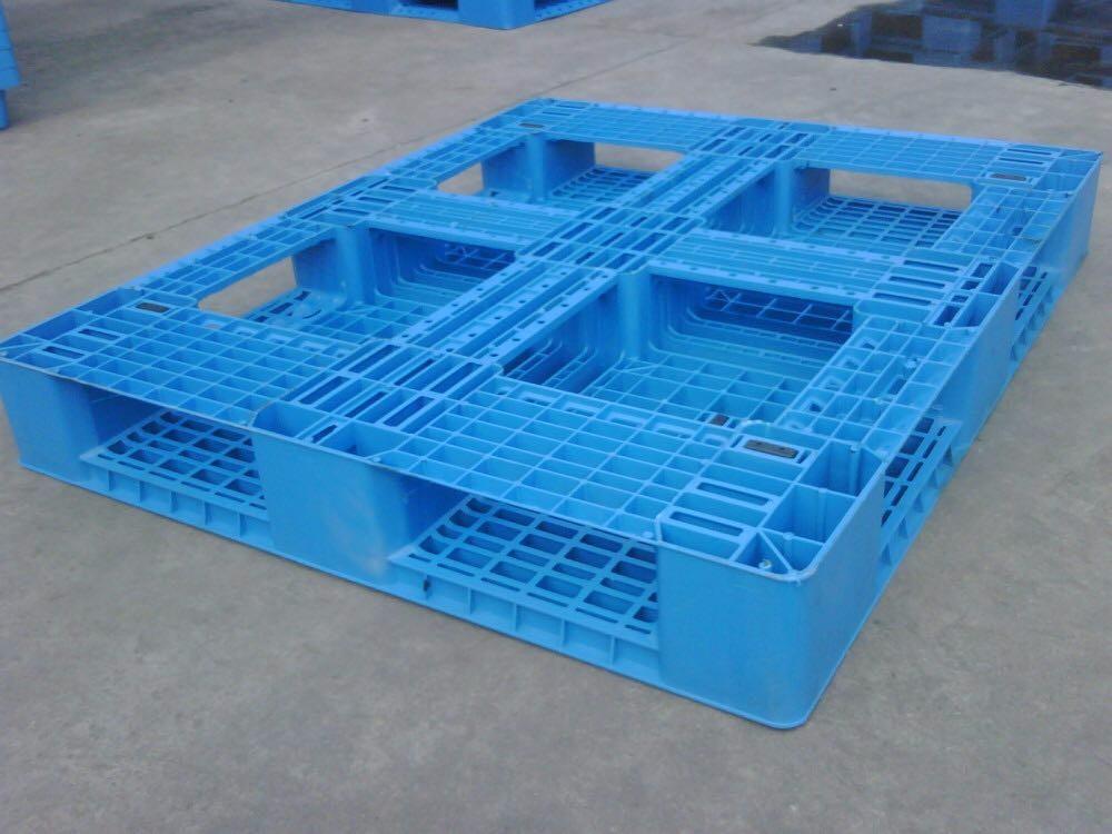 蘭州塑料托盤定制廠家