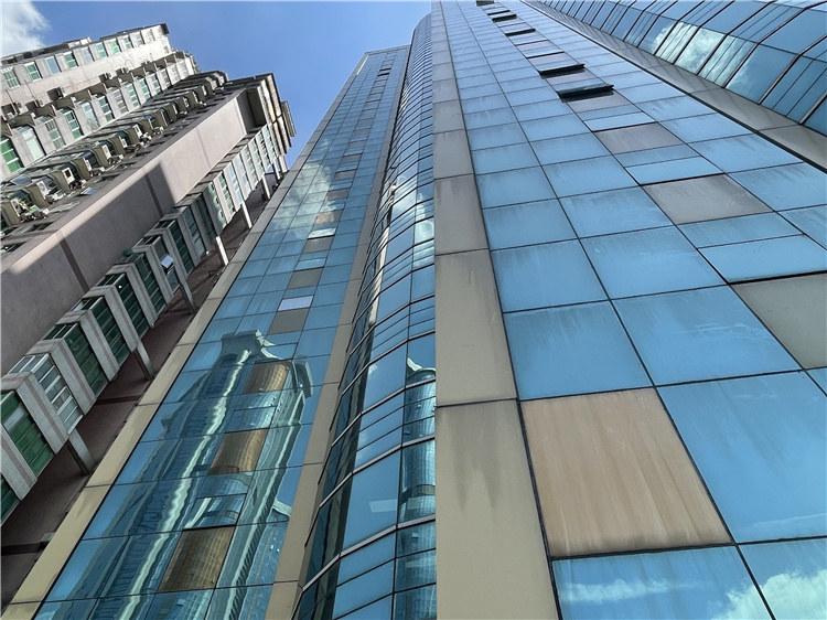 高空玻璃幕墙安装维修