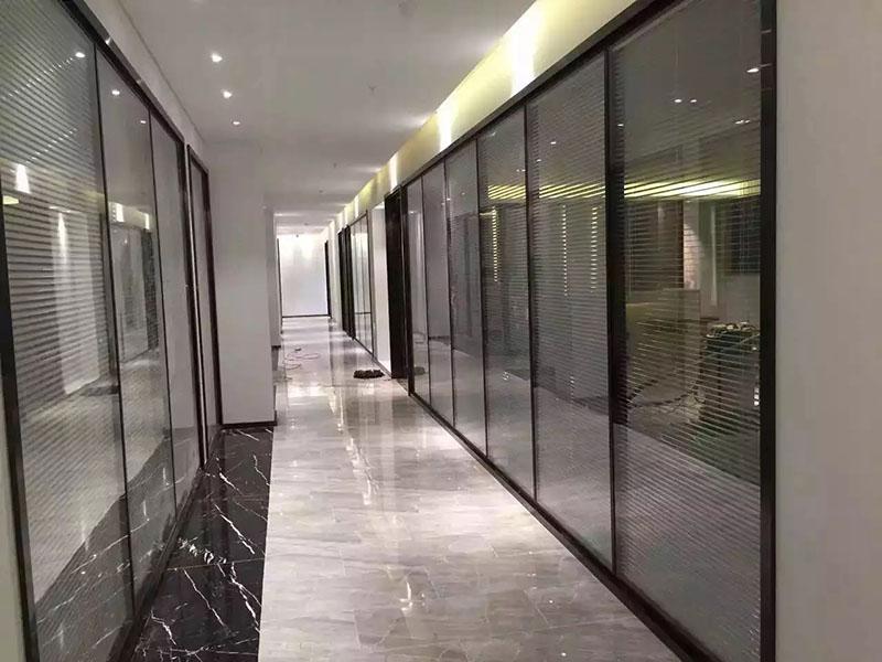 高隔间双玻璃隔断厂家-金昌铝合金玻璃隔断-酒泉铝合金玻璃隔断