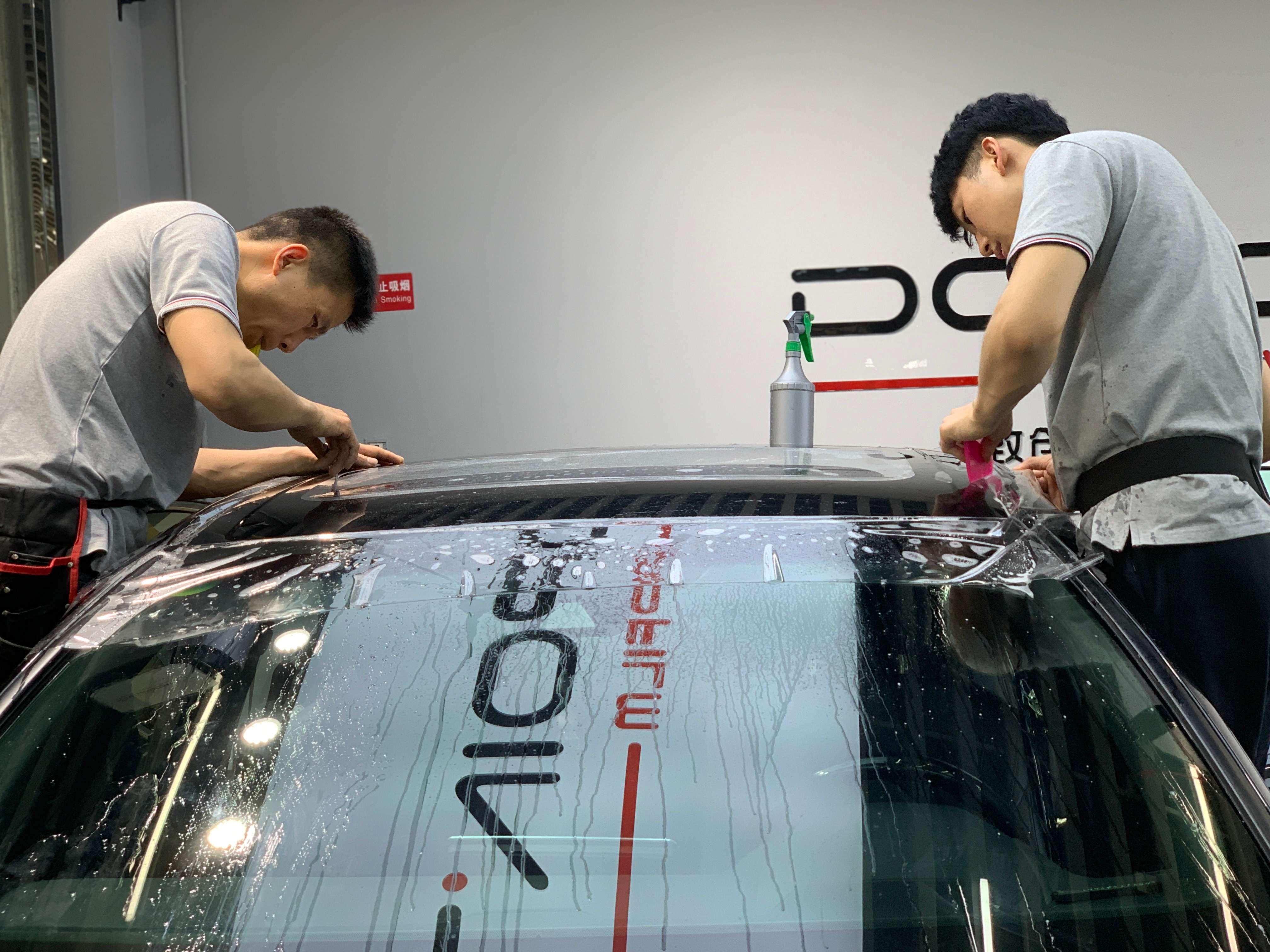 汽车挡风玻璃油膜